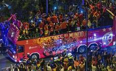 Baño de masas para los campeones del mundo