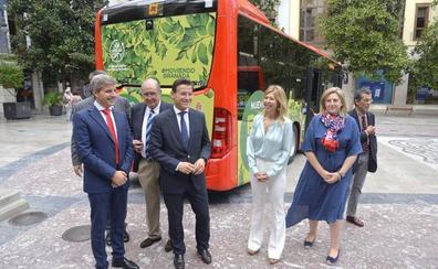 El Ayuntamiento incorpora dos nuevos modelos híbridos a la flota de autobuses urbanos