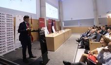 Iberia estudia cómo aumentar los enlaces del aeropuerto de Granada con el mercado asiático