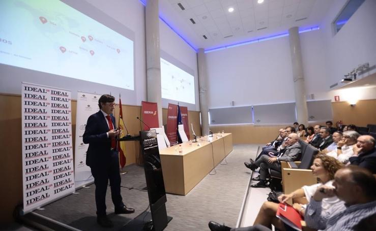 Así ha sido el foro de IDEAL con el director de ventas en España de Iberia y British Arways
