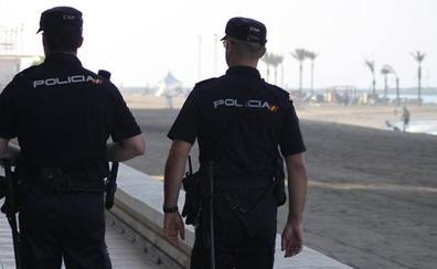 Detienen a un hombre por diversos robos violentos y con intimidación en Motril