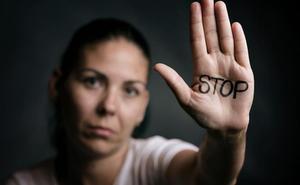 Detienen a un hombre por agredir a su pareja en Granada