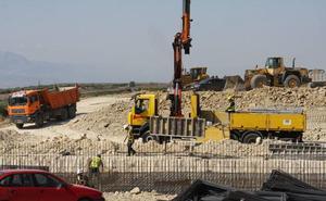 El PSOE valora el impulso dado por el Gobierno a la autovía A-32