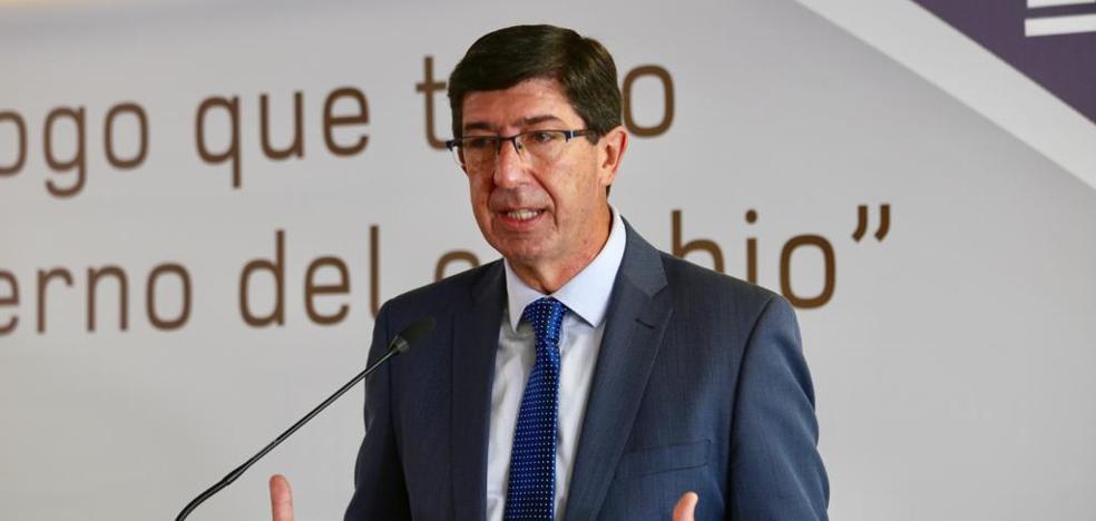 Juan Marín rechaza la tasa turística para Granada porque no aportaría nada a la ciudad