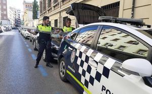 Recibe el alta el bebé de dos meses al que golpeó una chapa que cayó de un edificio en Granada