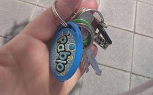 Inician una campaña para encontrar a la dueña de unas llaves perdidas en Granada