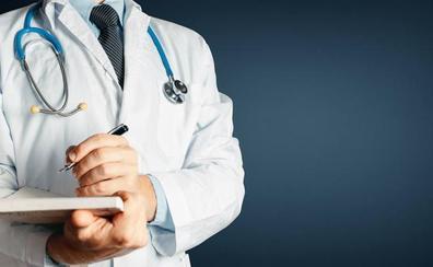 Condenan a una clínica y un médico por la muerte de una mujer a causa de una neumonía