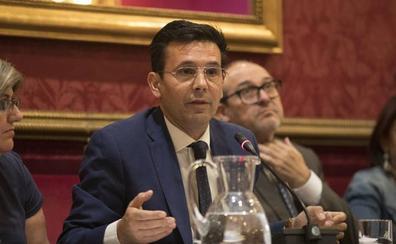 Cuenca reprocha que Salvador y Pérez no acudan a la Mesa del Ferrocarril y los ve «al servicio de la Junta»