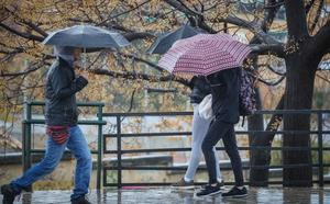 Meteorología avisa del riesgo por fuertes tormentas en medio país: hay 28 provincias afectadas