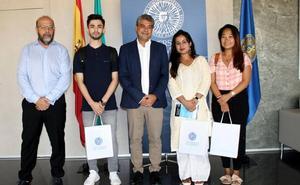 El campus acoge a alumnos de Nepal, Afganistán y Vietnam