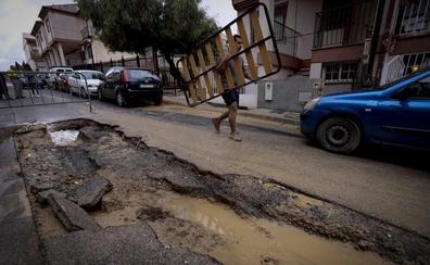 La Junta ayuda con 4 millones de euros a las 72 localidades granadinas afectadas por la lluvia