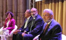 Las imágenes de los 'Diálogos con la Sociedad' del Consejo Social de la UGR, con el presidente de Indra