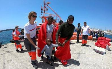 Mujeres y menores centran el segundo congreso sobre inmigración de Cruz Roja Almería
