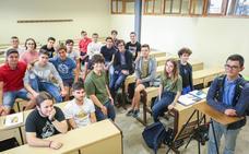 Los 20 estudiantes de la carrera de la UGR con mayor nota de corte de Andalucía
