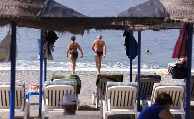 Medio centenar de habitaciones de los hoteles de Playa Cálida y Playa Almuñécar afectadas por la caída de Thomas Cook