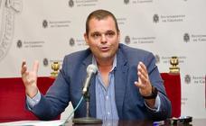 Vox pide disculpas por propiciar un «desgobierno» en Granada y no descarta una moción de censura