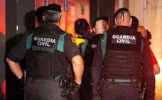 El juez acusa a los siete CDR encarcelados de integrar un «grupo terrorista»
