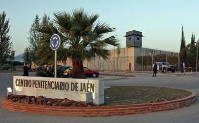 Un interno, boxeador, agrede a un funcionario y tres reclusos en la cárcel de Jaén