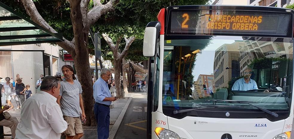 Aumenta la frecuencia de los autobuses con motivo del UDA-Cádiz