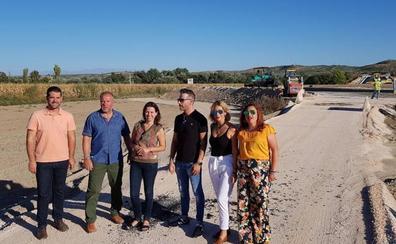El PP critica al alcalde de Huétor Tájar por no construir en «once años» los accesos del nuevo puente