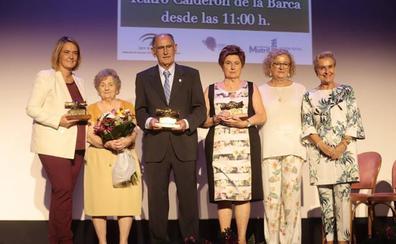 Los mayores de Motril reciben un merecido homenaje por su labor en la sociedad