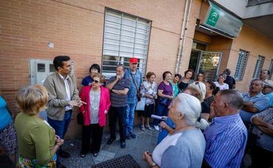 El PSOE se suma a la campaña contra el cierre del ambulatorio de Mirasierra