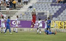Ángel: «Sería un error fijarnos en otro equipo, sea el Linares u otro, que vaya por encima»