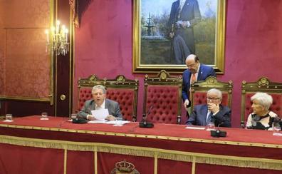 Sebastián Pérez en el pregón del Mayor: «En Granada, dos y dos no son cuatro»