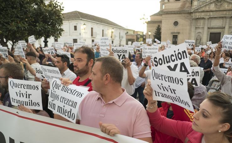 Vecinos de Santa Fe salen a la calle para reclamar más seguridad en el pueblo