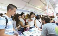 Jaén, con 4.000, es la provincia que más estudiantes aporta a la UGR