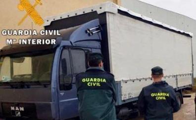 Detenido por la Guardia Civil por un delito de hurto continuado de baterias de camiones en Olula del Río