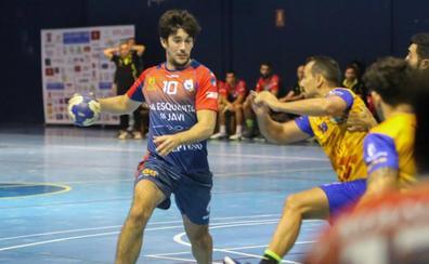 El Maracena supera al Caserío tras una gran segunda parte y mantiene el liderato