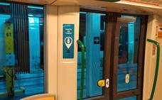 Llegan al metro de Granada los puntos para recargar móviles