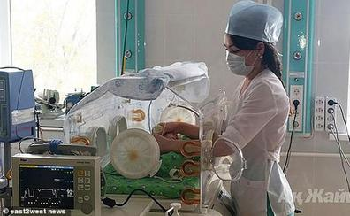 Dos médicos dejan morir a un bebé que creían muerto por no cambiar «el papeleo»