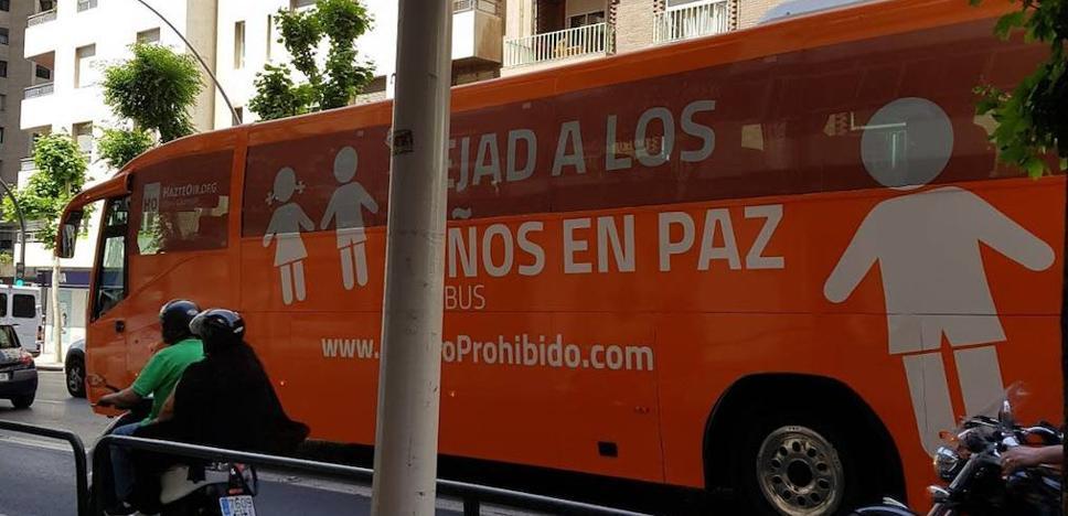 Hazte oír lanza una campaña en escuelas de Jaén contra las actividades de diversidad