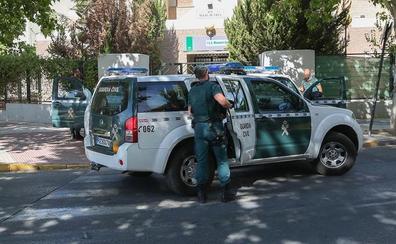 El hombre que apuñaló a un guardia civil en Lanjarón murió de un infarto, según la autopsia