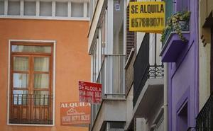 La Junta 'caza' cinco pisos de alquiler turístico sin licencia