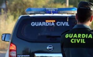Pillan a un «escurridizo y conocido» delincuente de Pinos Puente (Granada) tras robar en una gasolinera