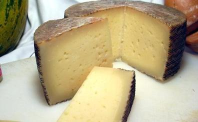 Sanidad retira 13 nuevos lotes de queso de leche cruda por listeria y e.coli