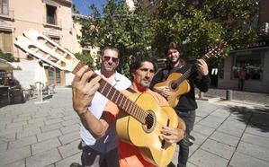 Un cazatalentos británico quiere lanzar músicos del Sacromonte en Reino Unido