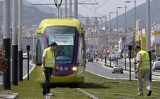 El alcalde, contento con la decisión de la Junta de pagar parte de los tranvías