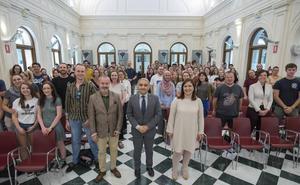 Granada recibe a 172 profesores nativos que darán clase en 213 centros educativos