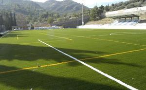 Cazorla amplía la zona de aparcamientos junto al campo de fútbol y el pabellón