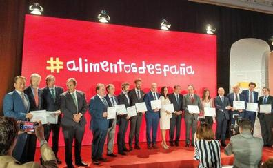 Jaén saborea su triunfo absoluto en los premios al aceite de oliva virgen extra