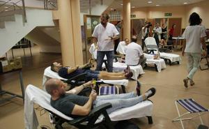 La UJA consigue en un día 118 donaciones de sangre y 37 nuevos donantes