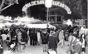 Una Feria «comunitaria» con más afluencia y menos casetas
