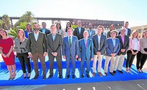 Castellón recuerda la visita en helicóptero de Sánchez en la presentación de candidatos del PP en Almería