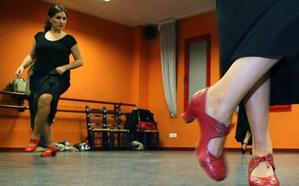 El TSJA reconoce la relación laboral de cinco 'falsos autónomos' con la Escuela de Flamenco