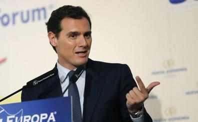 Rivera exige a PSOE y PP un compromiso escrito para «remar en la misma dirección» tras el 10-N
