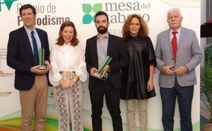 Javier Morales recibe el premio de la Mesa del Tabaco
